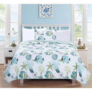 Seaside Reversible Quilt Set