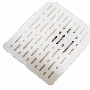 Twin Sink Divider Mat in White by Rubbermaid
