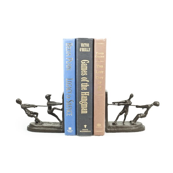 Merlino Playing Tug of War Bookend (Set of 2) by R