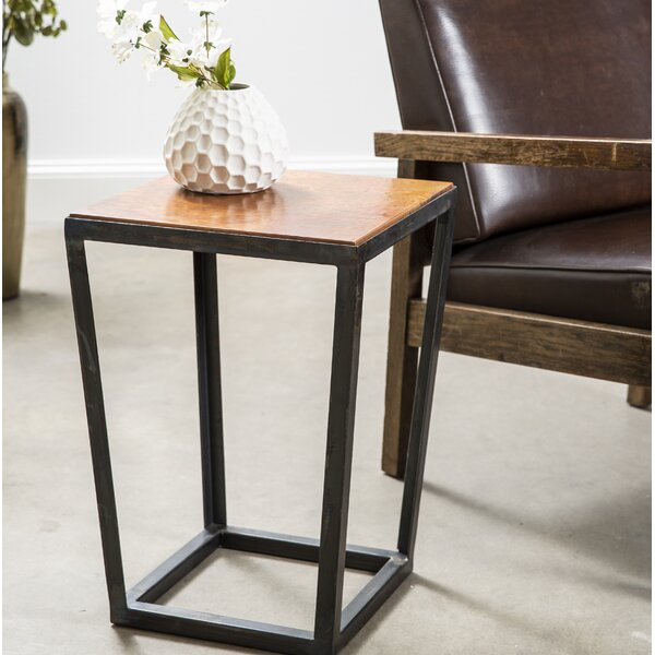 Ellijay End Table by 17 Stories