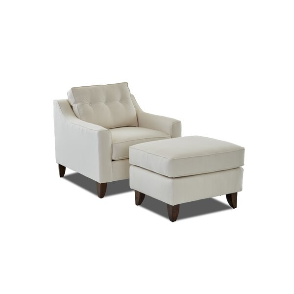 Logan Ottoman by Wayfair Custom Upholstery™