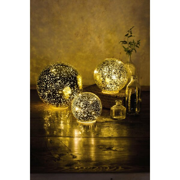 Ball Light Figurine Set Of 3 By Wind Weather.