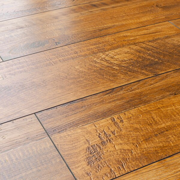 8 x 48 x 12mm Pine Laminate Flooring in Golden Oak by Kronoswiss