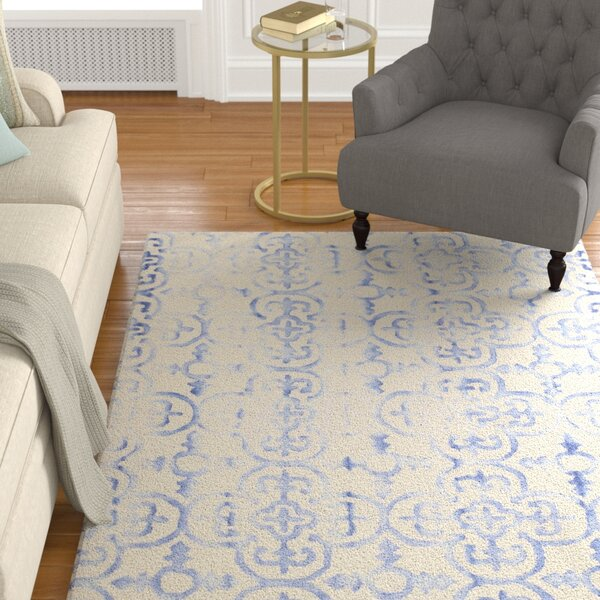Carter Hand-Tufted Ivory/Blue Area Rug by Alcott Hill