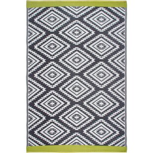 Best Price World Collection Gray/White Indoor/Outdoor Area Rug By Fab Habitat