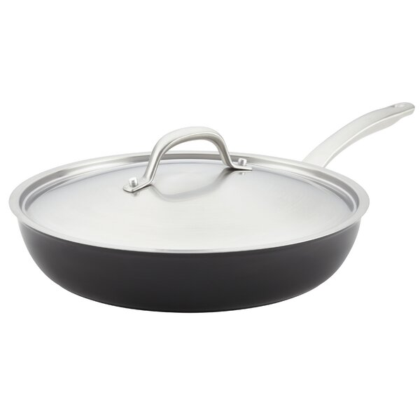 Ultimum 12 Non-Stick Skillet with Lid by Circulon