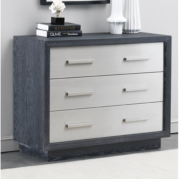 Kutcher 3 Drawer Chest by Brayden Studio