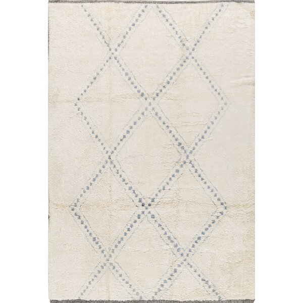Hand-Knotted Wool Ivory/Blue Area Rug