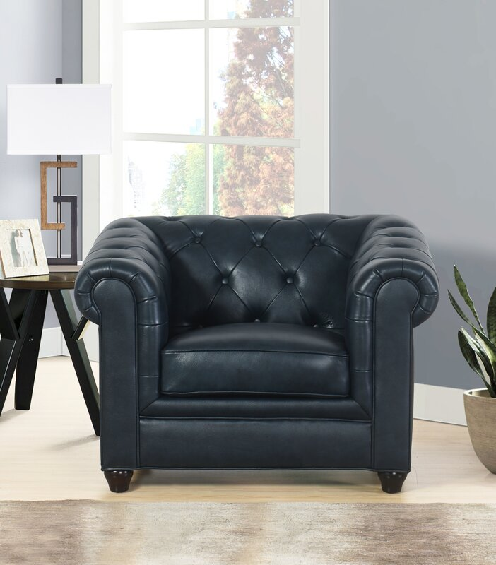 Great Andria 2 Piece Leather Chesterfield Living Room Set