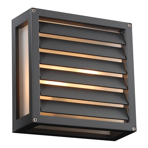 Haman 1-Light Outdoor Flush Mount by Breakwater Bay