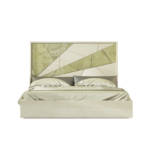 Helotes Queen Standard Bed by Orren Ellis