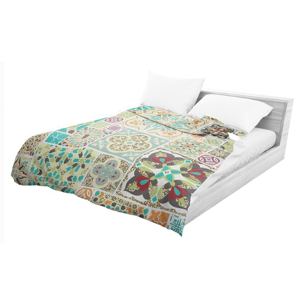 Tile Light Weight Comforter by Bungalow Rose