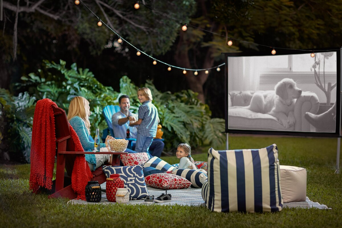 YardMaster Foldable Outdoor Portable Lightweight Projection Movie Screen