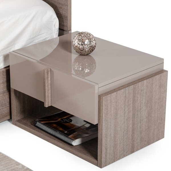 Dibiase 1 Drawer Nightstand by Wade Logan