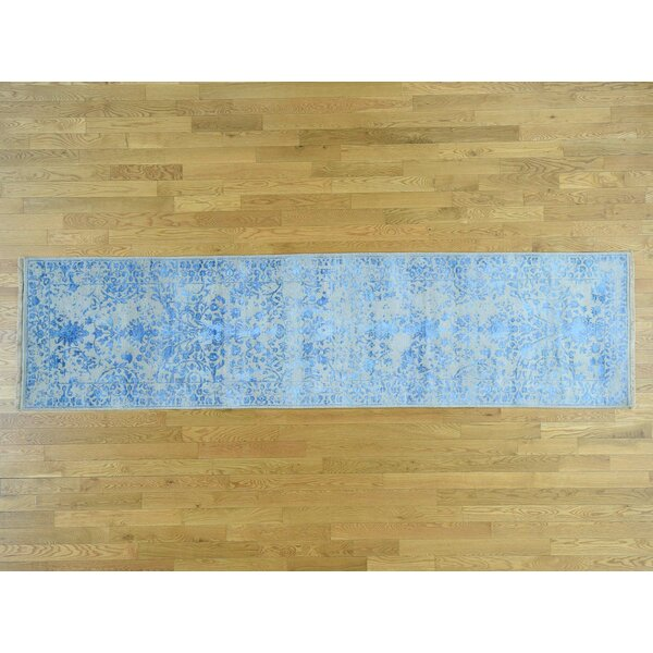 One-of-a-Kind Brazil Floral Erased Design Handwoven Grey Wool/Silk Area Rug by Isabelline