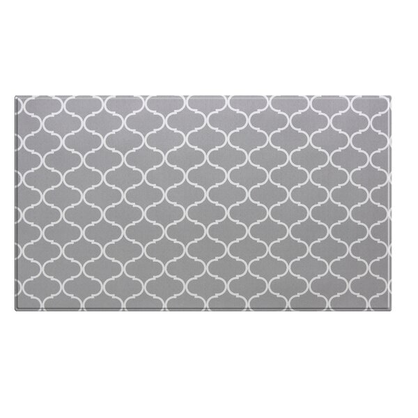 Tashia White/Gray Area Rug by Darby Home Co