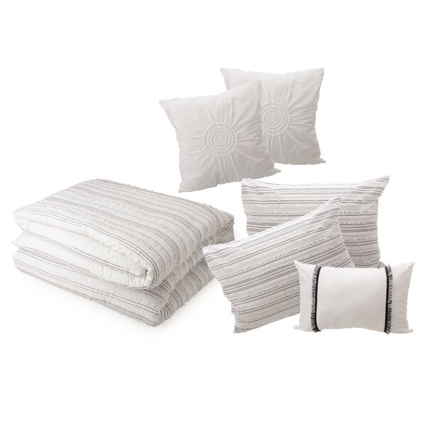 Rehan Rhythmic Melody Reversible Comforter Set