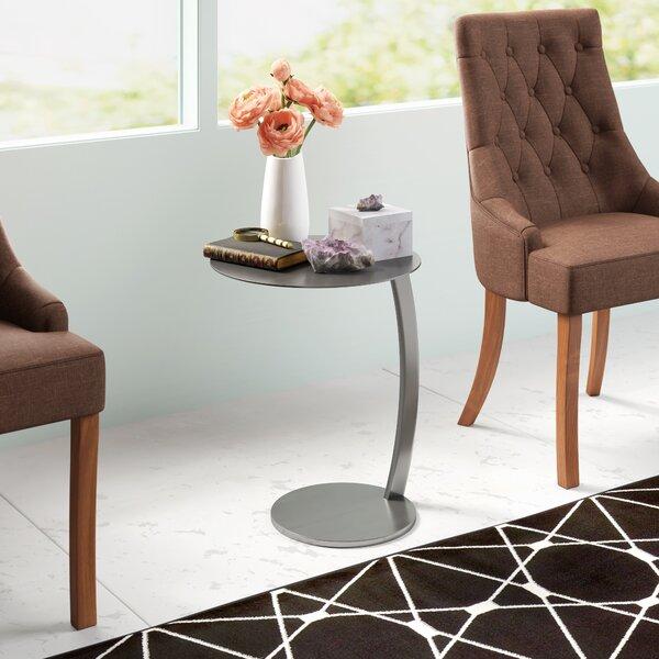 Pria End Table By Nuevo