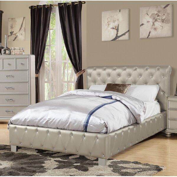 Amanda Upholstered Sleigh Bed by Rosdorf Park