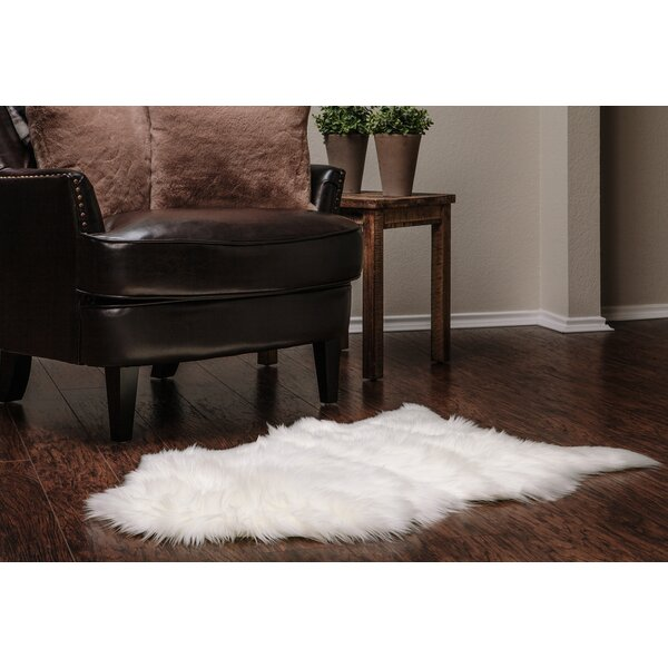 Lucille Faux Fur White Indoor/Outdoor Area Rug by House of Hampton