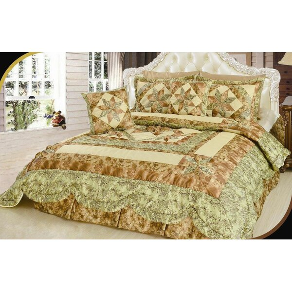 Turnham Patchwork Comforter Set by August Grove