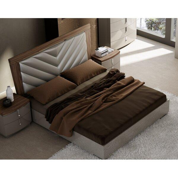 Harwood Upholstered Platform Bed by Brayden Studio