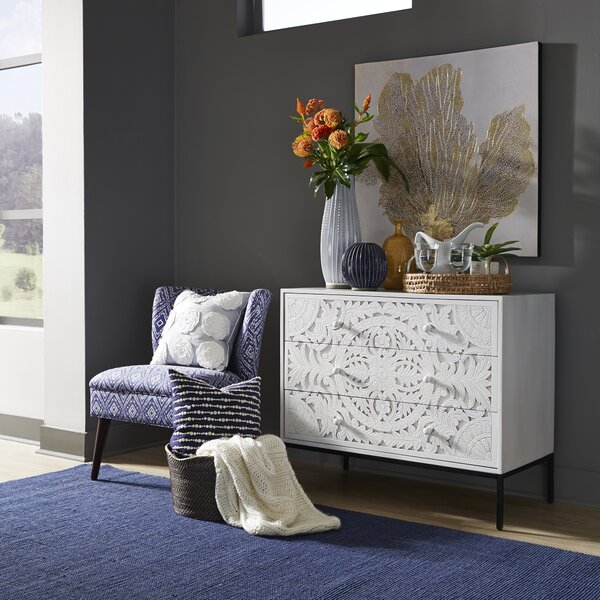 Leesburg 3 Drawer Accent Chest by Gracie Oaks Gracie Oaks
