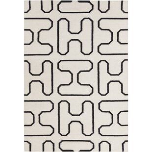 Mittler Geometric Area Rug By Ivy Bronx