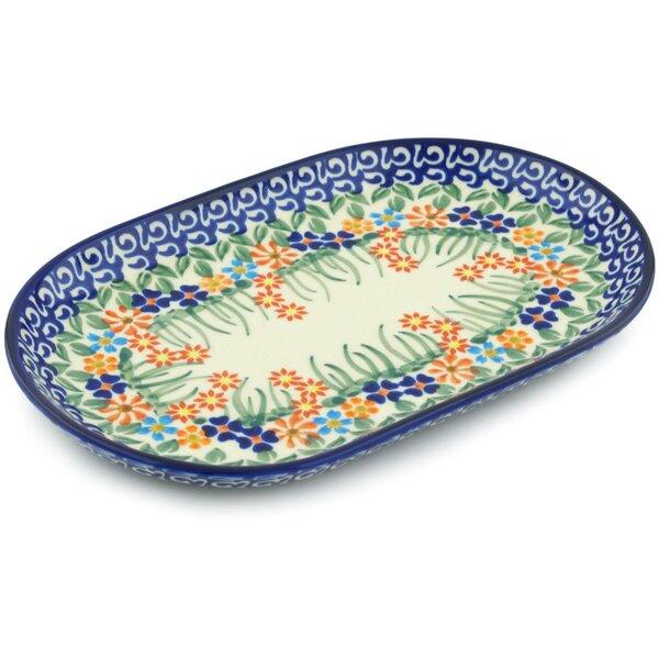 Blissful Daisy Platter by Polmedia