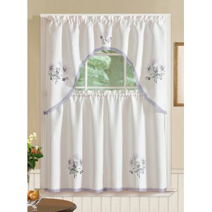 Gerberoy Kitchen Curtain