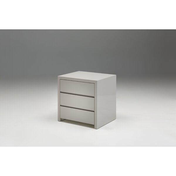 Donaghy 3 Drawer Bachelors Chest by Latitude Run
