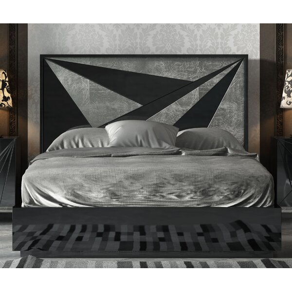 Helotes Platform Bed by Orren Ellis