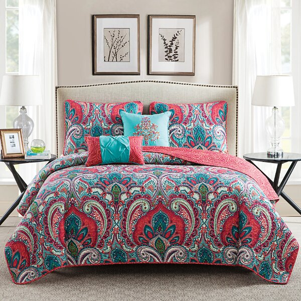 Olympic Reversible Quilt Set by Bungalow Rose