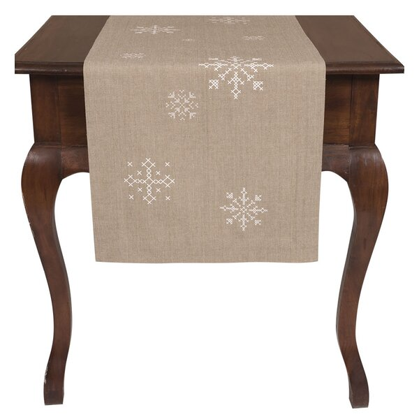 Earleton Snowflake Runner by The Holiday Aisle