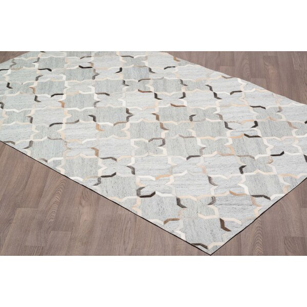 Keyla Viscose Hand Tufted Silver/Gray Area Rug by Everly Quinn