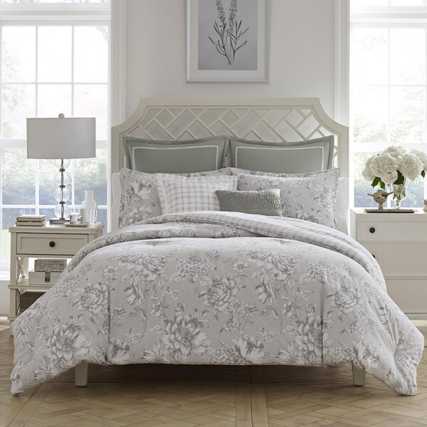 Bridgette Cotton Reversible Comforter Set by Laura Ashley Home by Laura Ashley Home