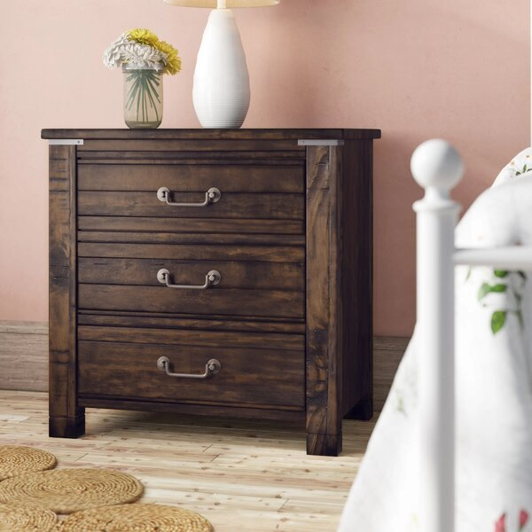 Enola 3 Drawer Nightstand by Greyleigh