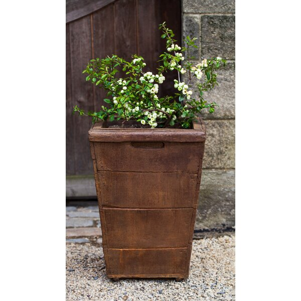 Witwicki Cast Stone Pot Planter by Gracie Oaks