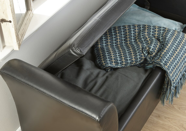gepolsterte sitzbank mit stauraum gallery of deuba faltbare sitztruhe sitzbank groer stauraum l. Black Bedroom Furniture Sets. Home Design Ideas