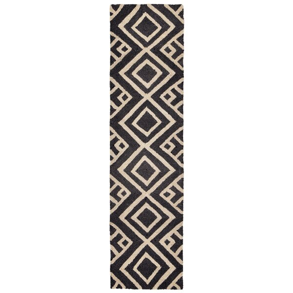 Chamness Hand-Tufted Charcoal/Beige Indoor/Outdoor Area Rug by Wrought Studio