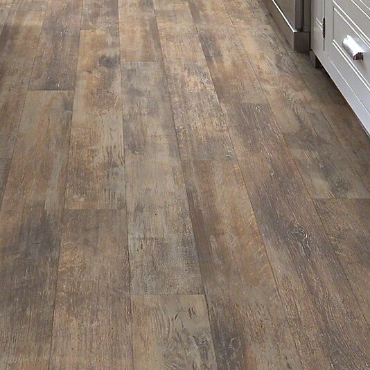 Momentous 5.43 x 47.72 x 7.94mm Laminate Flooring in Cliché by Shaw Floors