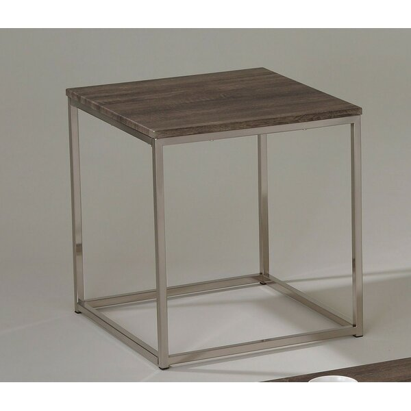 Aurelio End Table by 17 Stories