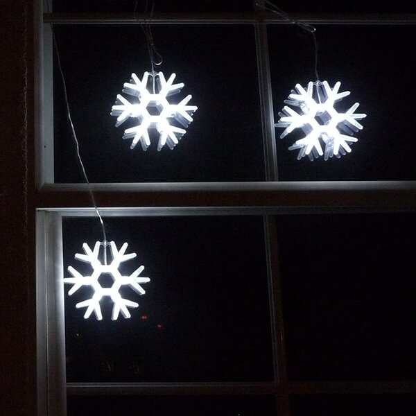 Gaint Snowflakes String Light by Homebrite Solar