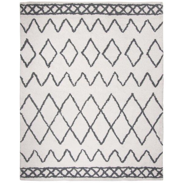 Boyland Shag Hand-Tufted Cream Area Rug by Union Rustic