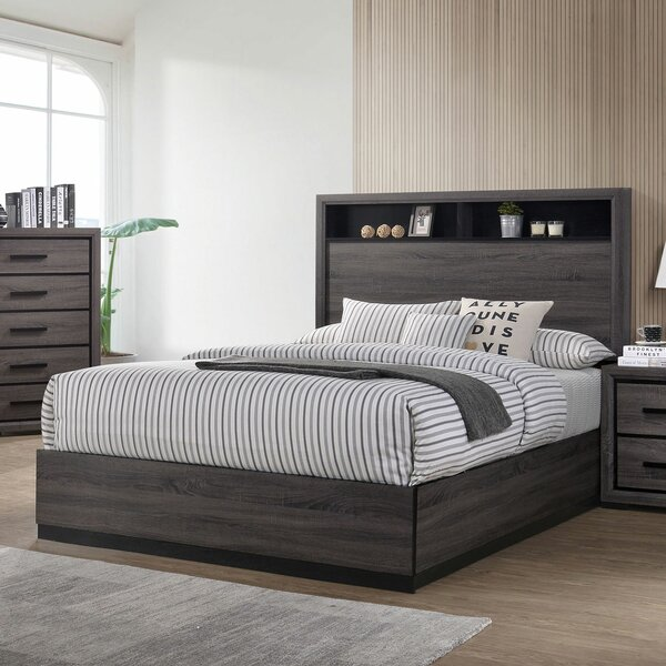 Saville Wooden Platform Bed by Foundry Select