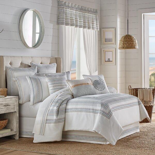 Tanaka Comforter Set