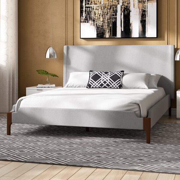 Mokane Queen Upholstered Platform Bed by Ivy Bronx
