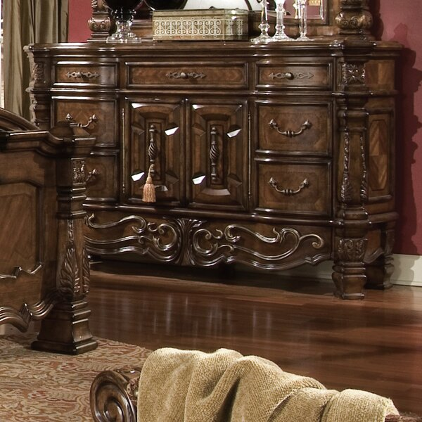 Windsor Court 7 Drawer Combo Dresser by Michael Amini