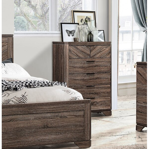 Lyle 5 Drawer Chest by Union Rustic