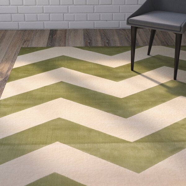 Foulds Green & Ivory Chevron Area Rug by Brayden Studio